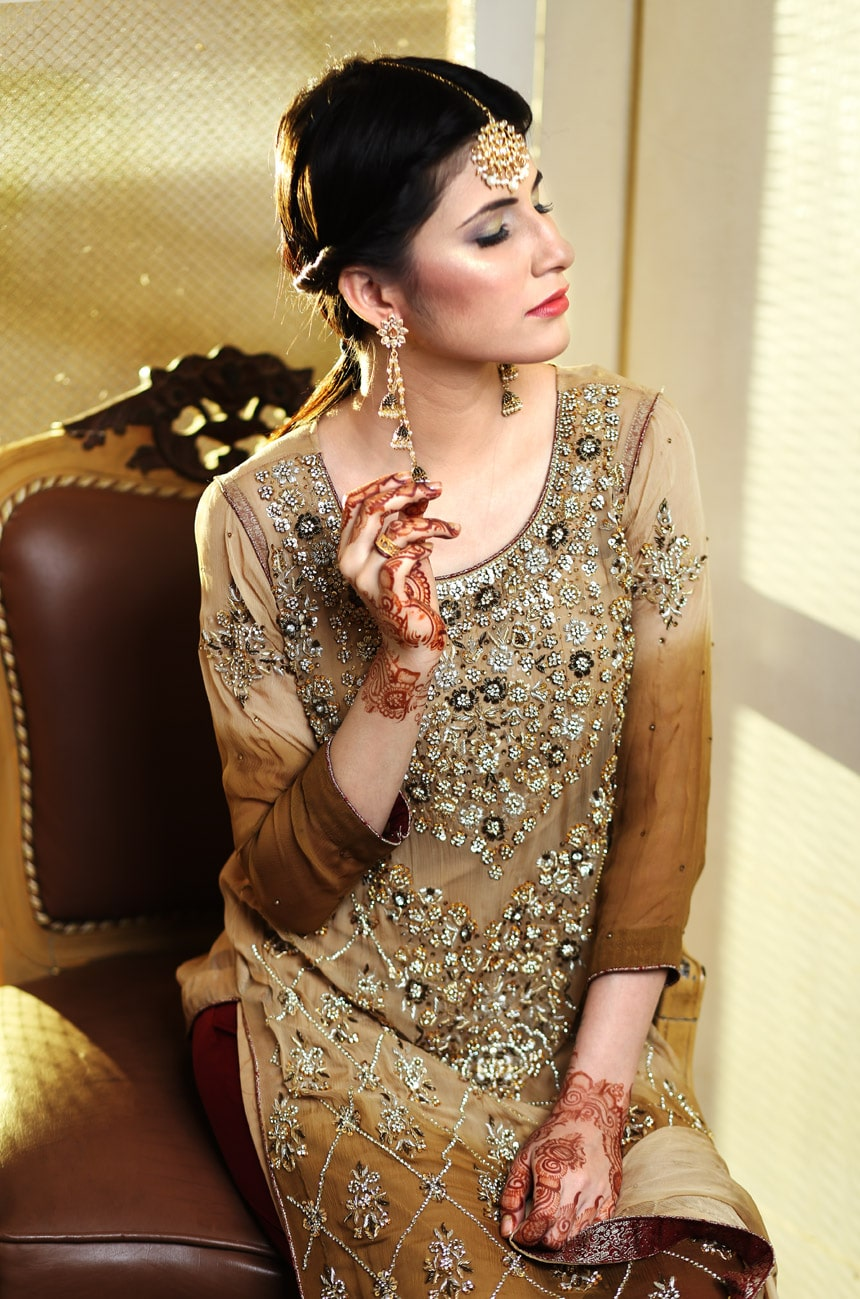 dabka work suits online,